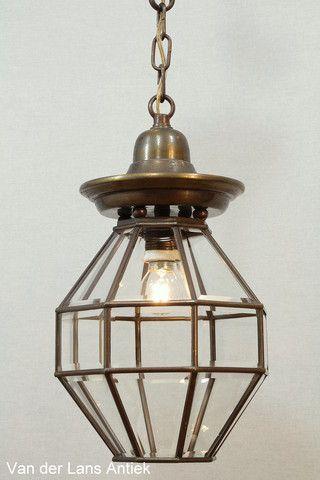 Antieke lantaarn 25628 bij Van der Lans Antiek. Meer antieke lampen op www.lansantiek.com
