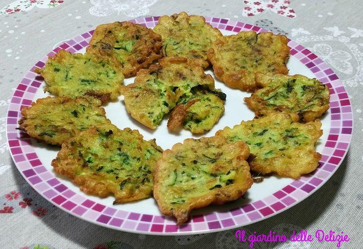 Zucchina cruda in pastella, grattugiate e fritte in pastella queste zucchine possono essere un buon antipasto contorno ed un secondo piatto diverso
