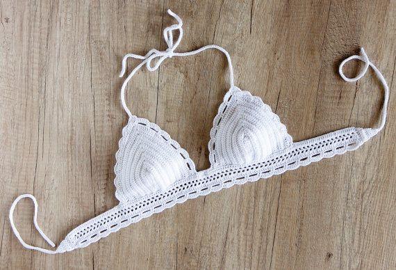 Weiße gehäkelte Bikini Top  Crochet Neckholder von LaKnitteria
