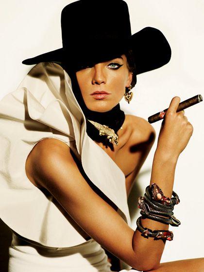 Moda estilo a la Doña.