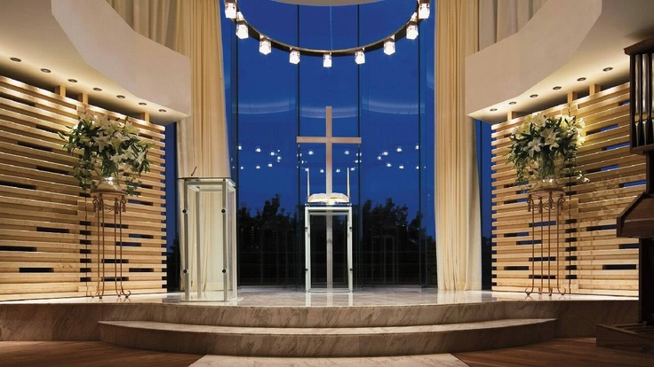 3000 Weddings A Year in  Four Seasons Hotel Tokyo at Chinzan-so