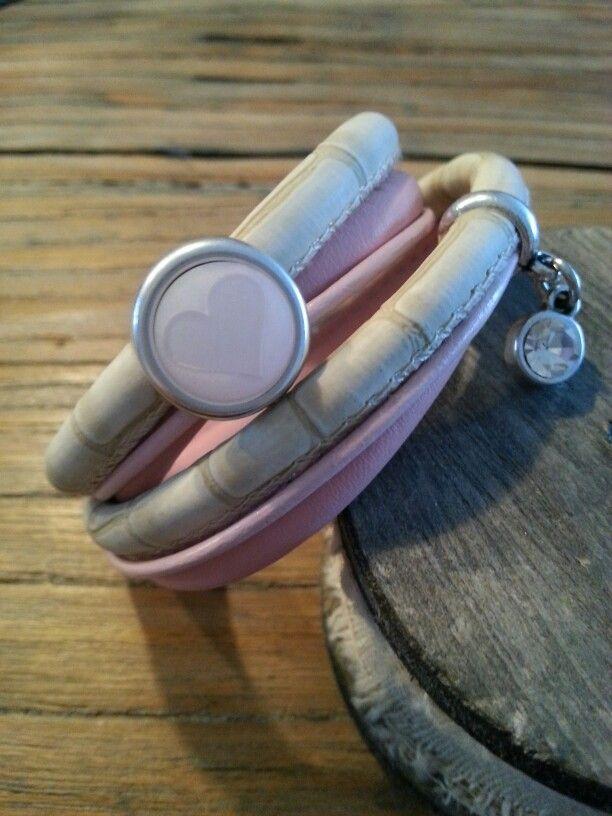 Hand made leren armband
