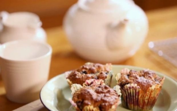 1000+ images about Lisa Faulkner's Recipes on Pinterest | Simnel cake ...