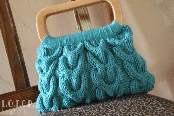 Knitting+Ideas   Horseshoe Cable Knit Handbag by Lesley Stein   Knitting Ideas