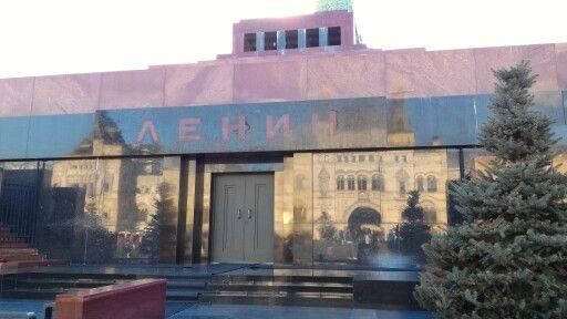 Lenin Mozoles
