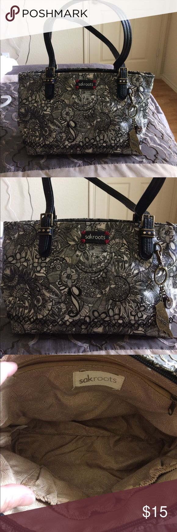 Sakroots black and white purse Gently used but a lot of life in this one Sakroots Bags Shoulder Bags