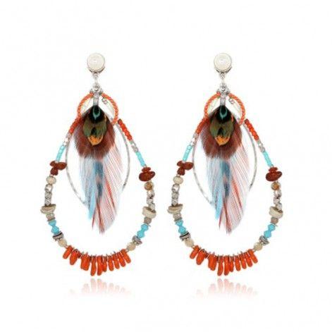 Ces boucles d'oreille pierres et plumes est signé Gas Bijoux pour sa collection été 2016