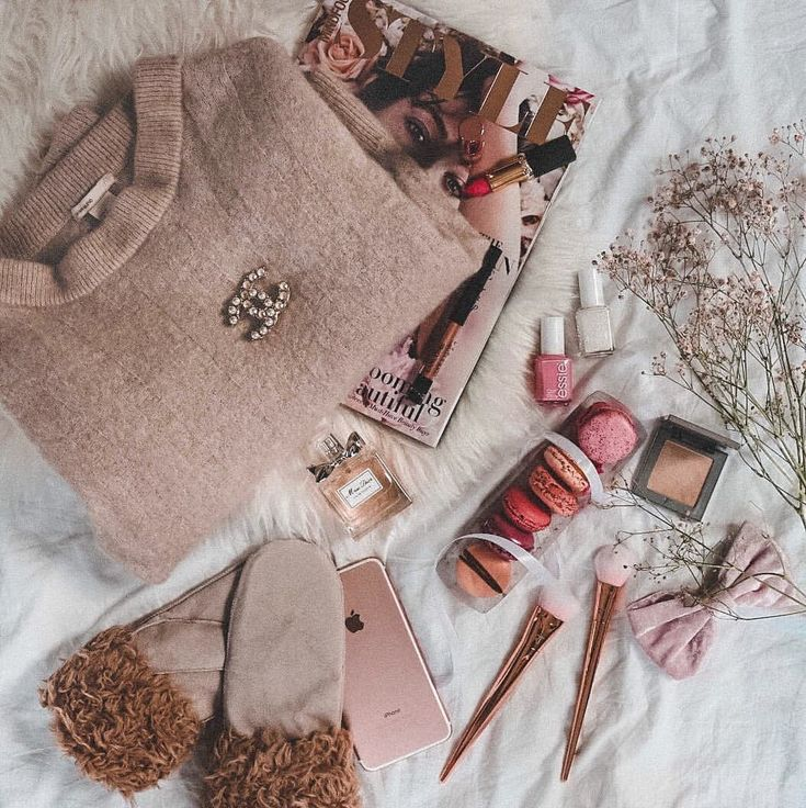 "Gefällt 4,766 Mal, 187 Kommentare - Fashion, Beauty & Flatlays ✈️ (@shoppinator) auf Instagram: ""I'll never get tired of pink  • Was ist das bitte für ein Wetter?❄️ Super viel Schnee und viel zu…"""
