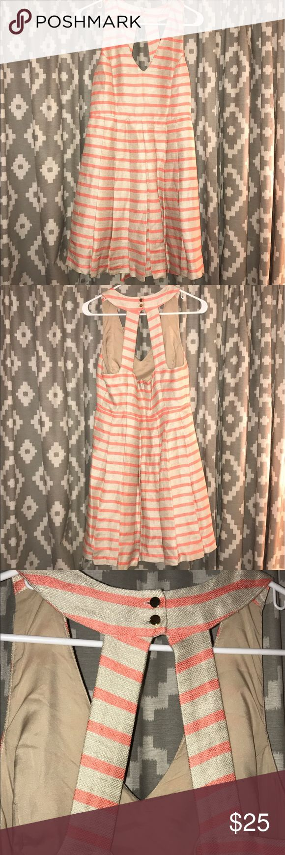 "Banana Republic linen stripe cocktail dress 8 Banana Republic linen stripe cocktail dress. Size 8. Fun back detail with gold buttons. Pleated. No flaws. 35"" long. Lined. Thanks for looking! Banana Republic Dresses"