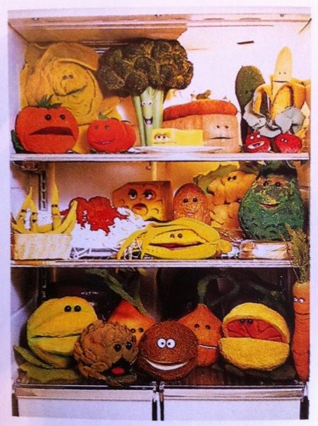 anthropomorhpic food | Members of the singing food, as seen in The Muppet Christmas Carol