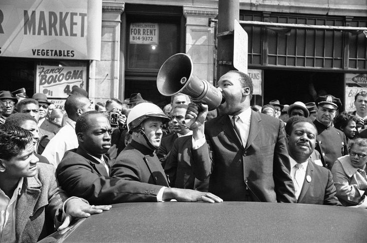 Martin Luther King Jr in Roxbury,Ma. 1965. Source:  Vintage African American Photography