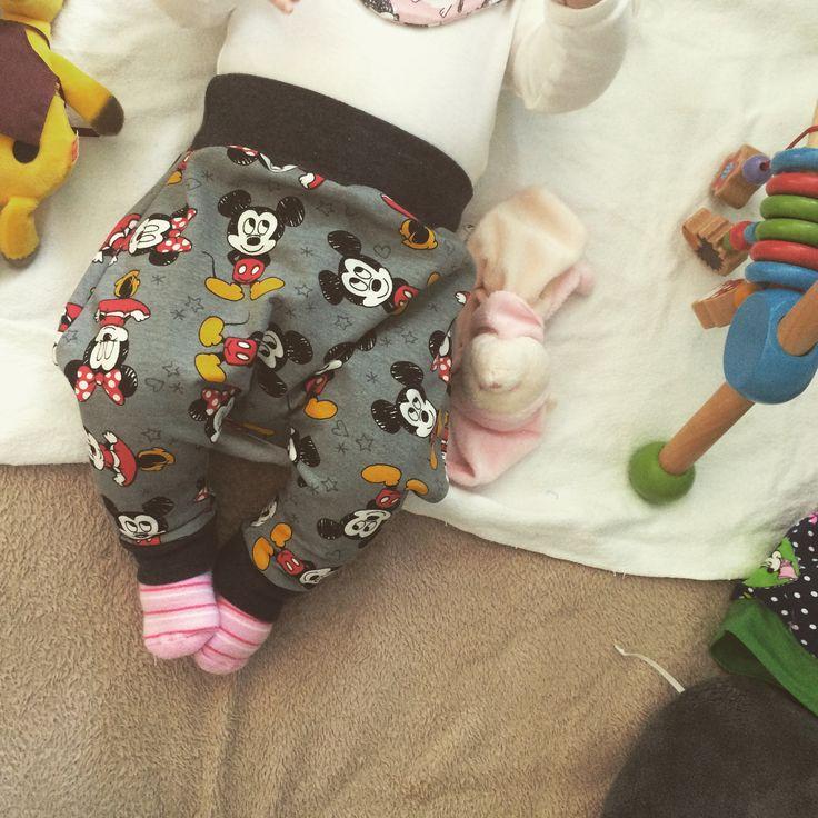 #babygewand #babyhose #hose #baby #nähenfürsbaby #disney #oktoberbaby2016 #nähen