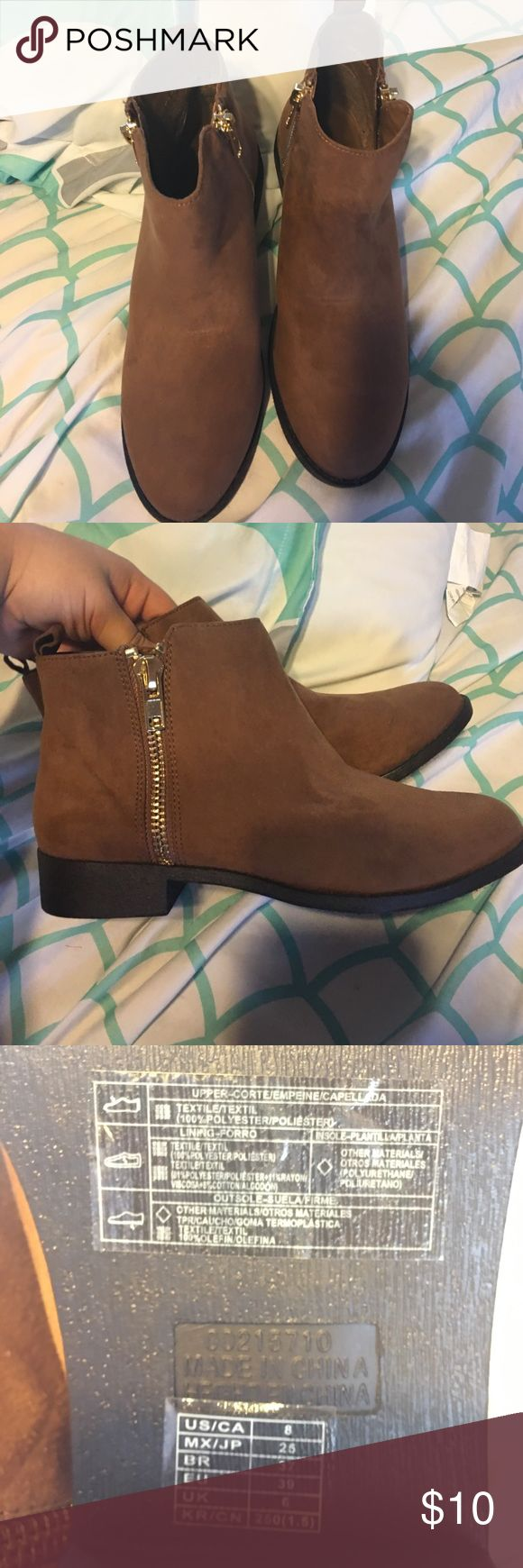 Forever 21 boots never used Short ankle boots NEVER USED Forever 21 Shoes Ankle Boots & Booties