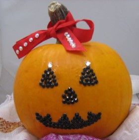 63 best halloween do it yourself projects images on pinterest swarovski jack o lantern lantern diyjack o lanternhalloween solutioingenieria Image collections