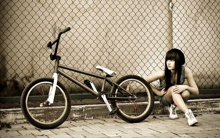bmx and girl wallpaper - photo #3