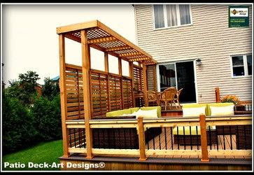 OUTDOOR LIVING modern deck with nice privacy screen