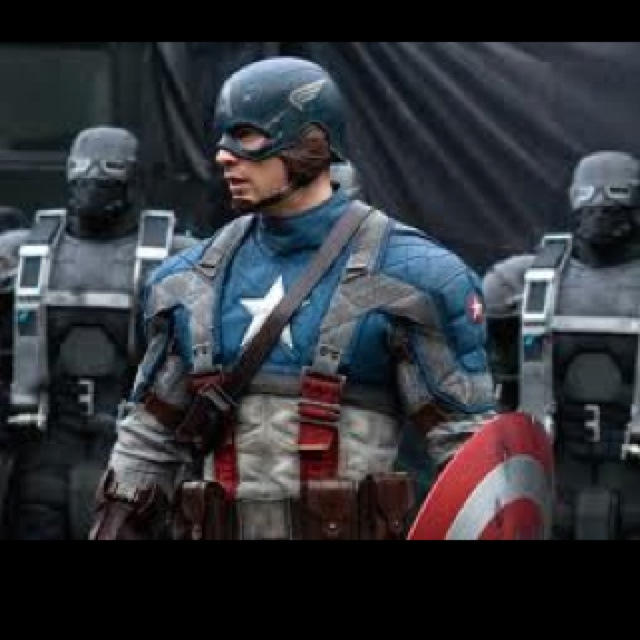 Captin America!!!! Ok I should stop looking at this I am drooling all over!!!! ----- lmao
