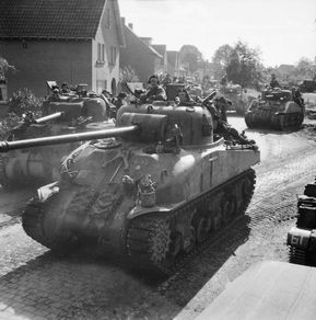 British army 1945 Firefly Sherman - with the larger much more capable British 17 pounder main gun - could destroy any German tank and was a much better gun than the standard US gun