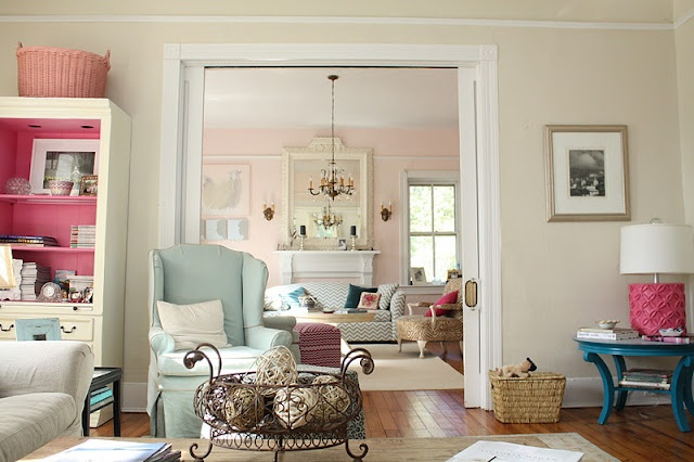 Benjamin moore spring in aspen ideas for the house pinterest colors old country houses - Blue and pink living room ideas ...