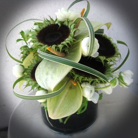 Black and White Textured Compact perfect for the reception