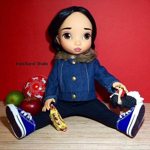 My favorite doll! She is so sweet!  #disneyanimators  #doll #disneyanimatorcollection #disney #disneydolls  #animatorsdoll #pocahontas