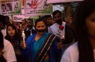 Protest tegen onveiligheid voor vrouwen in India  Ierse toeriste verkracht en vermoord in India
