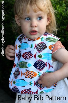 Really great tutorial and a downloadable, free .pdf pattern. For the beginner. Climbing the Willow: baby bib tutorial