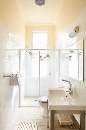 31 best long narrow bathroom ideas images on Pinterest ...