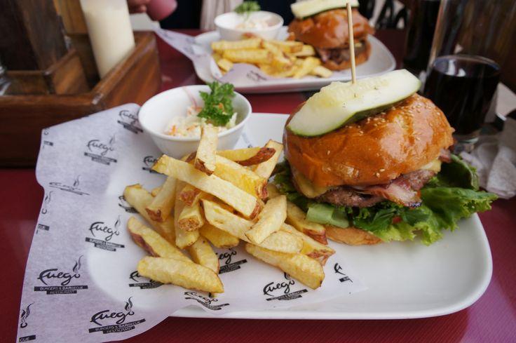 フエゴ バーガー アンド バーベキュー レストラン
