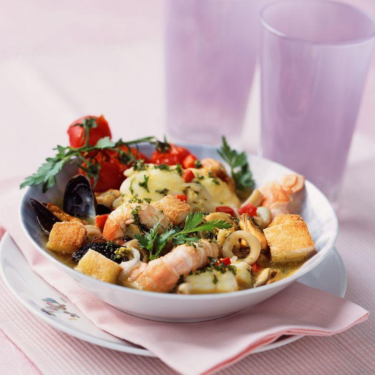 Découvrez la recette Zarzuela sur cuisineactuelle.fr.