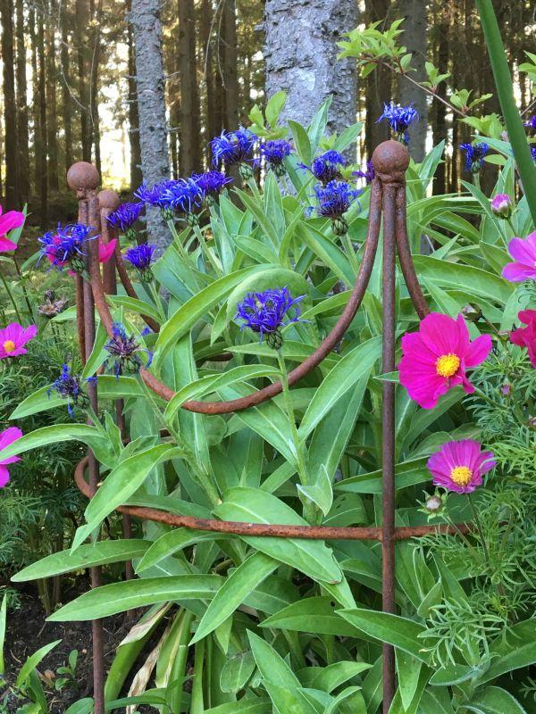 Hage blomsterstøtte