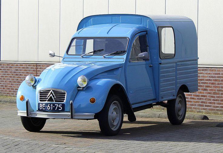 C'est le camionnette 2CV!