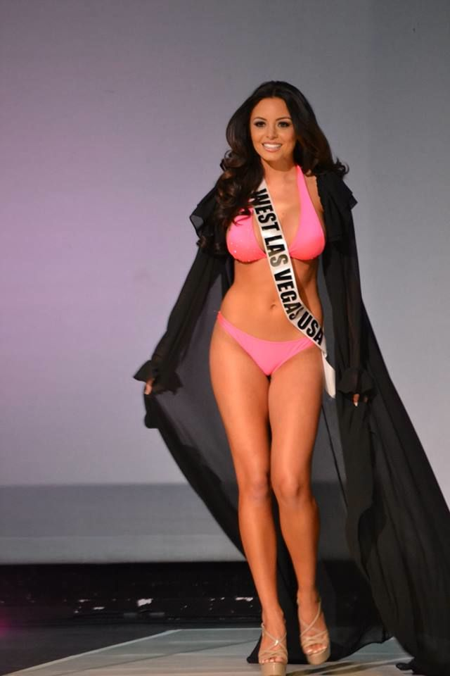 7 Most Common Pageant Mistakes Made Onstage | http://thepageantplanet.com/7-most-common-pageant-mistakes-made-onstage/