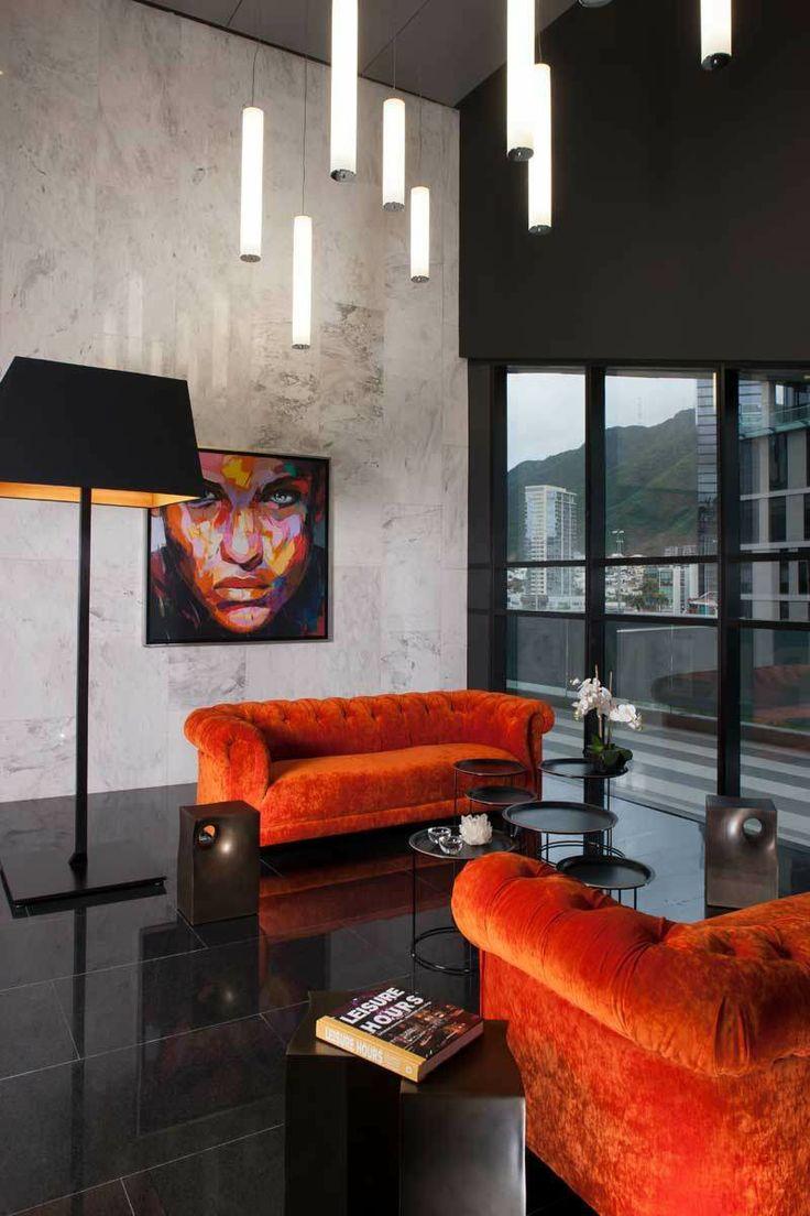 La arquitectura sólo se considera completa con la intervención del ser humano que la experimenta. ´´ Tadao Ando ´´Torres Magma / GLR arquitectos Love the couch color