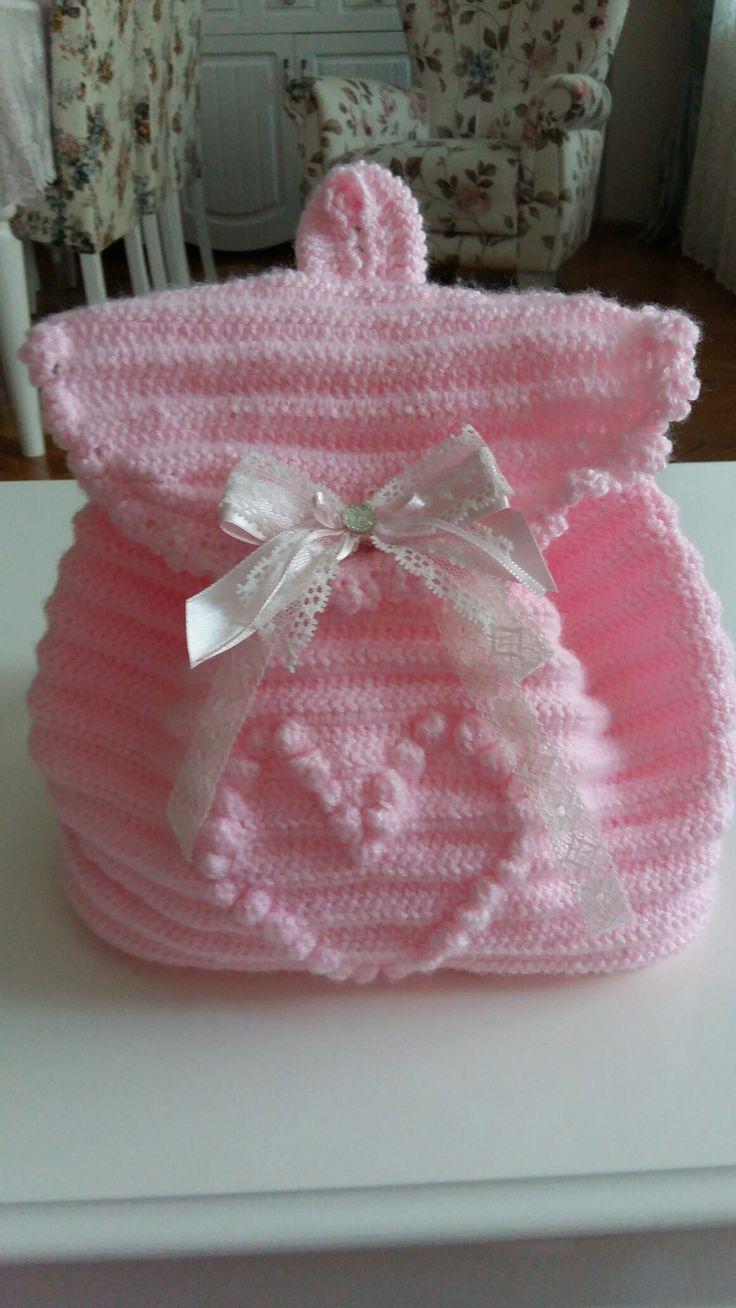 Örgü bebek sırt çantası
