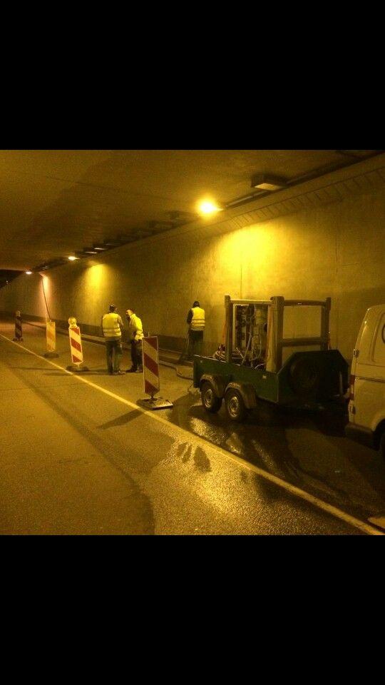 Inclusive aplicaciones dentro de túneles es libre de polución ecoquip es sandblasting ecológico
