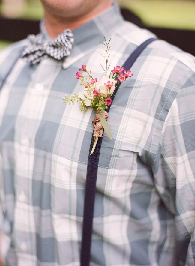 20 of the Prettiest Spring Boutonnieres