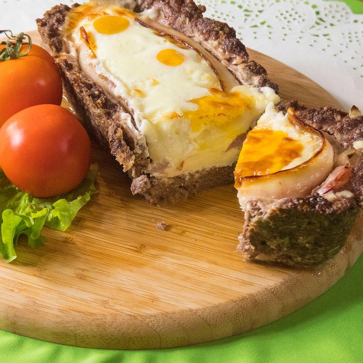 Vă prezentăm o rețetă deosebită de drob de carne de vită la cuptor, cu un gust fabulos. Carnea suculentă și fragedă de vită o să vă cucerească instantaneu prin aroma și aspectul său specific. Poate