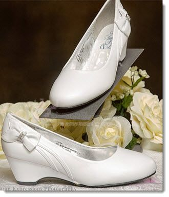 Girls white dress shoes communion