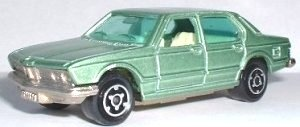Majorette BMW 733 in green