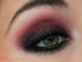 Roses of Beauty: Red Smokey Eyes