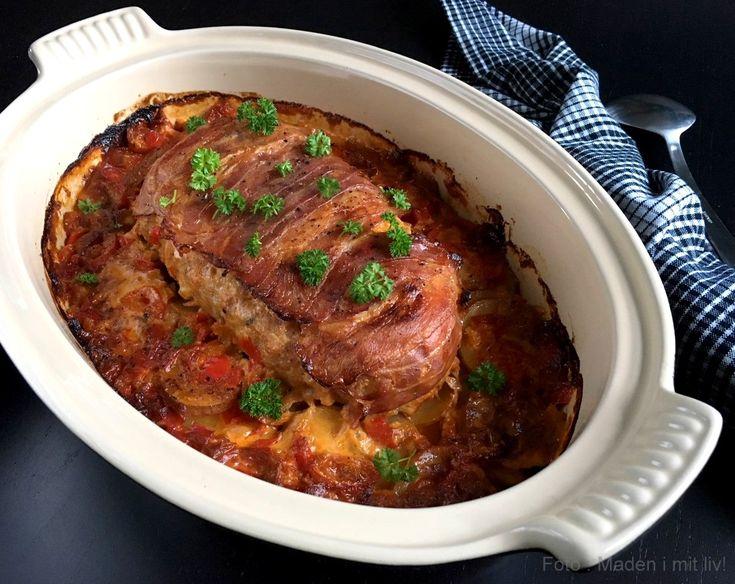 Farsbrød i stegeso. Få opskriften på et forrygende lækkert farsbrød i stegeso med paprika-flødekartofler lige her. Et rigtigt familiehit på middagsbordet...