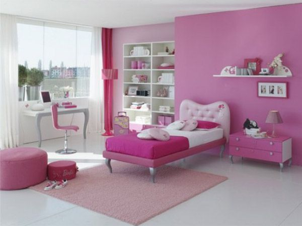 pink bedroom for teens with classic furniture