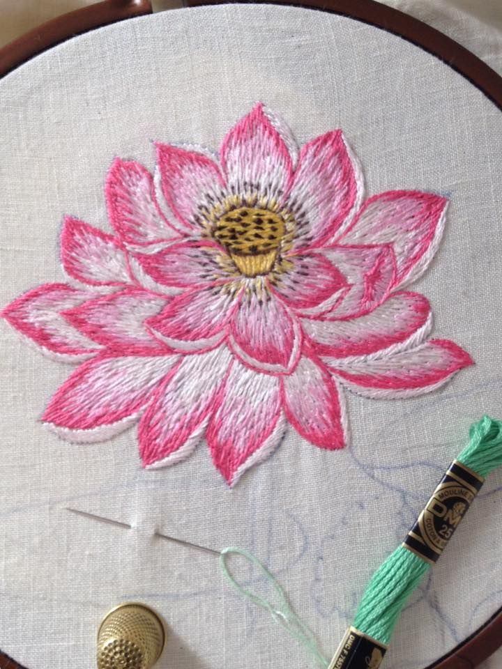 realistic flower embroidery