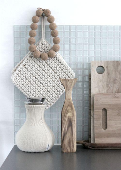 Gorgeous colour combination for some kitchenware Foto: MIA/THE SUPER ORDINARY