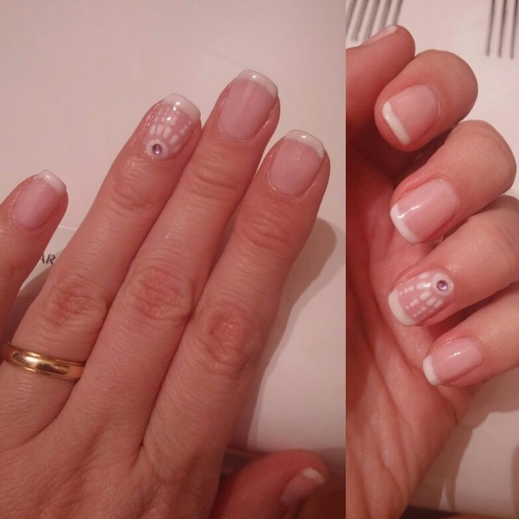 French mani with a playful design