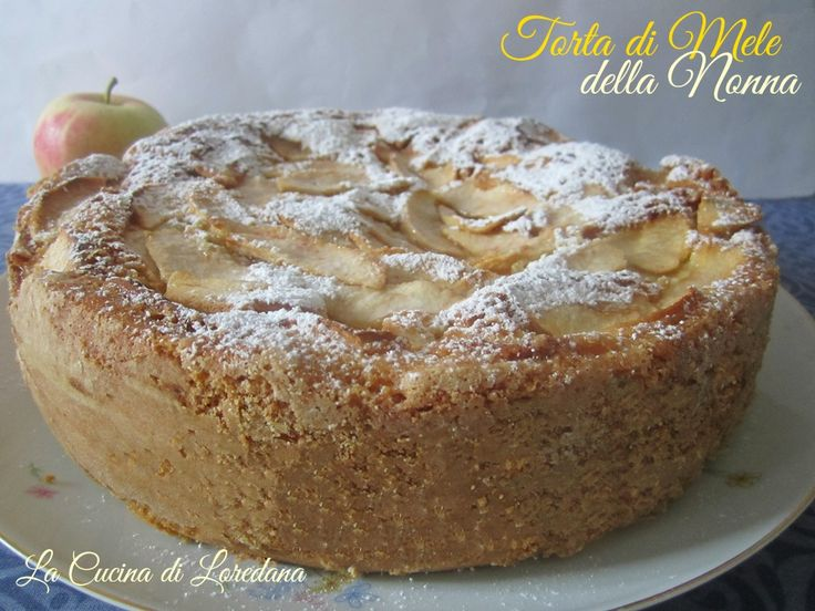 La più classica delle Torte in una versione leggera e sofficissima: Torta di Mele della Nonna, una ricetta semplice e dal successo assicurato