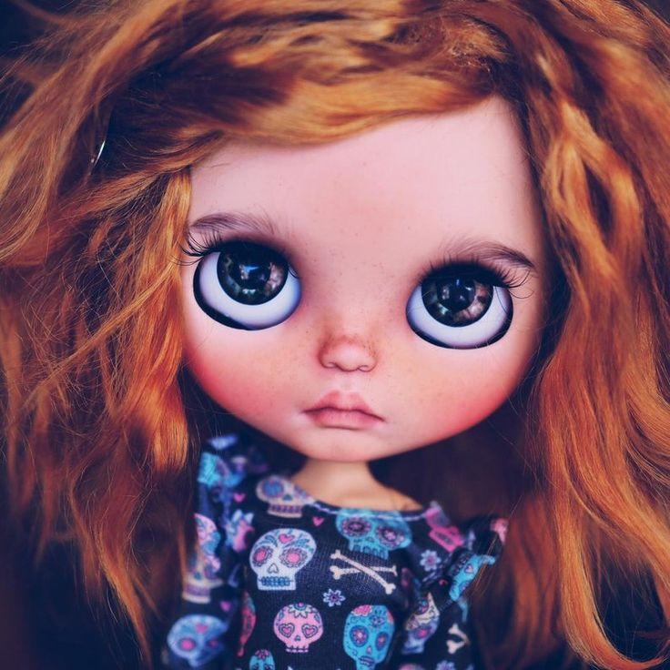 RESERVED!!! Mary •• ooak custom blythe doll eith mohair weft hair