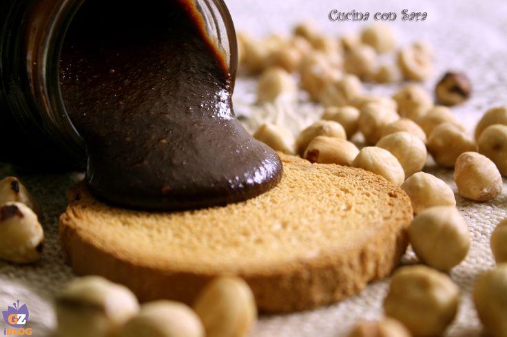 Nutella: come farla in casa.Rinunciare alla nutella comprata e farla in casa? Possibile? Sarà buona? il risultato ha superato le mie aspettative