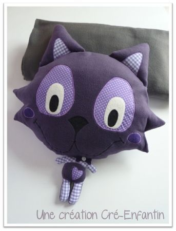 Giant head kitty (or panda) plush doll free pattern & tute French